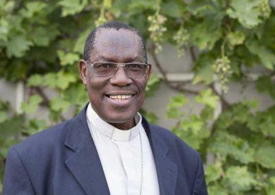 Besuch von Erzbischof Simon Ntamwana aus Burundi in unserer Schule